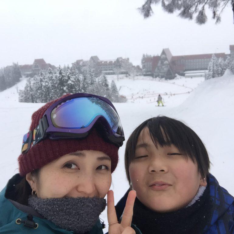 ジョイナステラス二俣川店|佐藤絵美さん親子でスノーボード