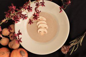 タマネギとマッシュルームのスープ