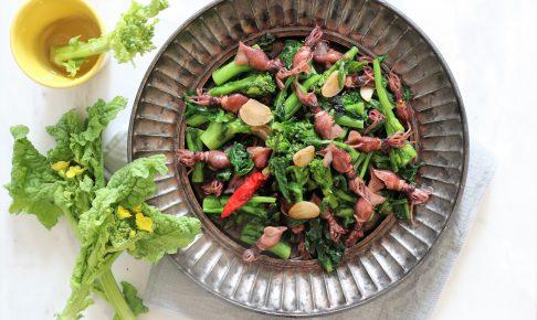 菜の花とホタルイカのペペロンチーノ風炒め