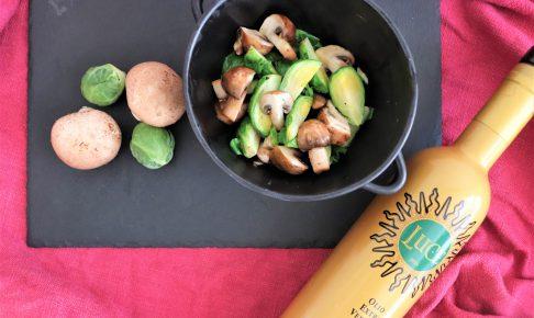 芽キャベツとマッシュルームのオリーブオイル蒸し