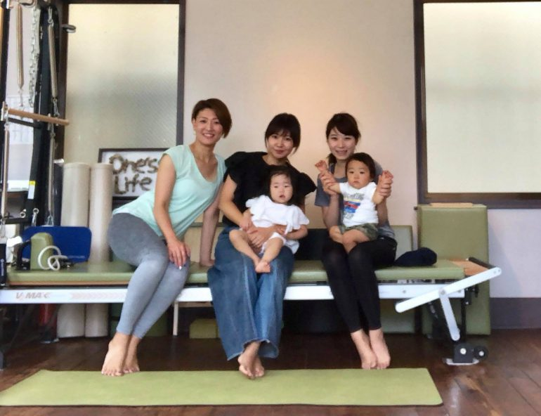 平石恵美子さんと生徒さん