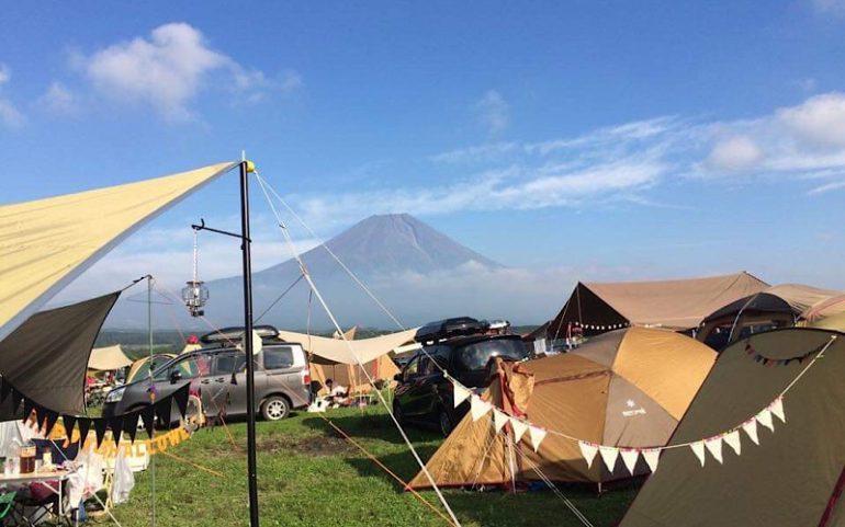 富士山を望むキャンプ場