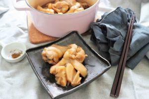 鶏手羽元とレンコンの簡単中華煮込み