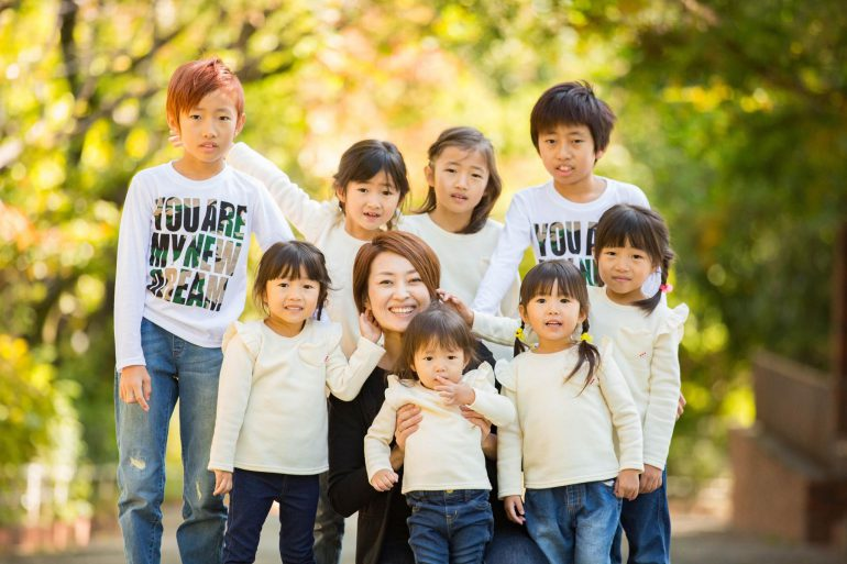 鶴山りかさんの家族