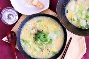 白菜と卵の中華風スープ