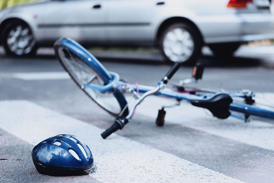 自転車と車の事故