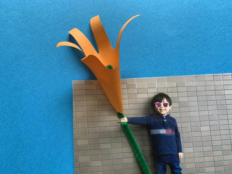 お花の茎の部分を差し込み
