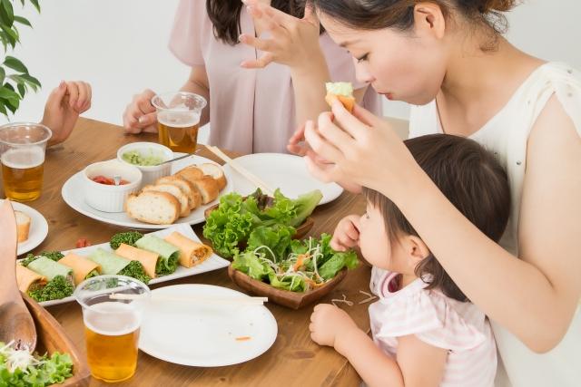 ママと子供の食事