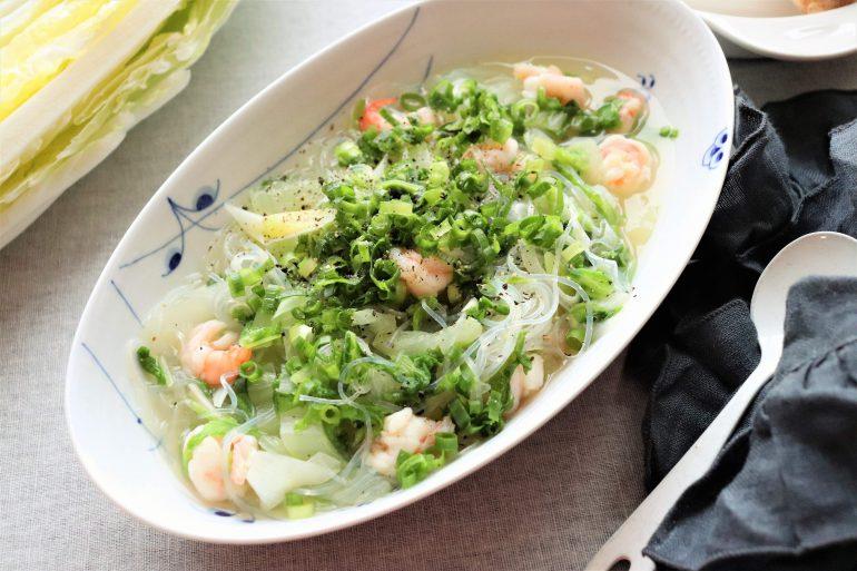 白菜と春雨の中華風スープ